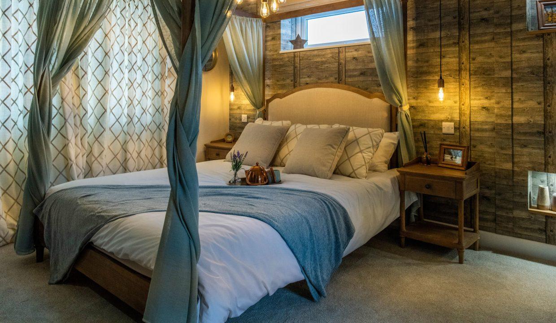 Wessex-Spinney-Master-Bedroom-8-WEB